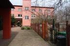 Sprzedam budynki po szkole - idealne na mały hostel - Zgierz, woj. łódzkie