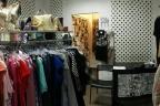 Odstąpię dobrze prosperujący sklep odzieżowy + baza klientek
