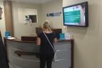 Sprzedamy spółkę - posiada największą sieć ekranów w przychodniach i oferuje systemy digital signage