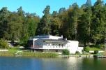 Ośrodek wypoczynkowy nad jeziorem na Mazurach