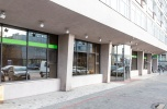 Ścisłe centrum Poznania, na bank, sklep, restaurację, klinikę