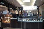 Sieciowa kawiarnia w galerii