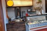 Sperzedam lokal funkcjonujący Wilanów czynsz 2415 netto - kebab, shoarma, kuchnia bliskowschodnia